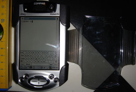 front view of iPaQ h3950 with sleeve